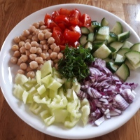 Csicseriborsó saláta